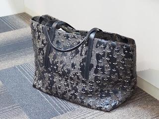 ジミーチュウ ピムリコ スター・スタッズトートバッグをお買い取り致しました