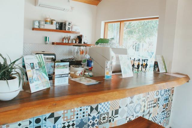 kafe di karimunjawa, karimunjawa coffeeshop