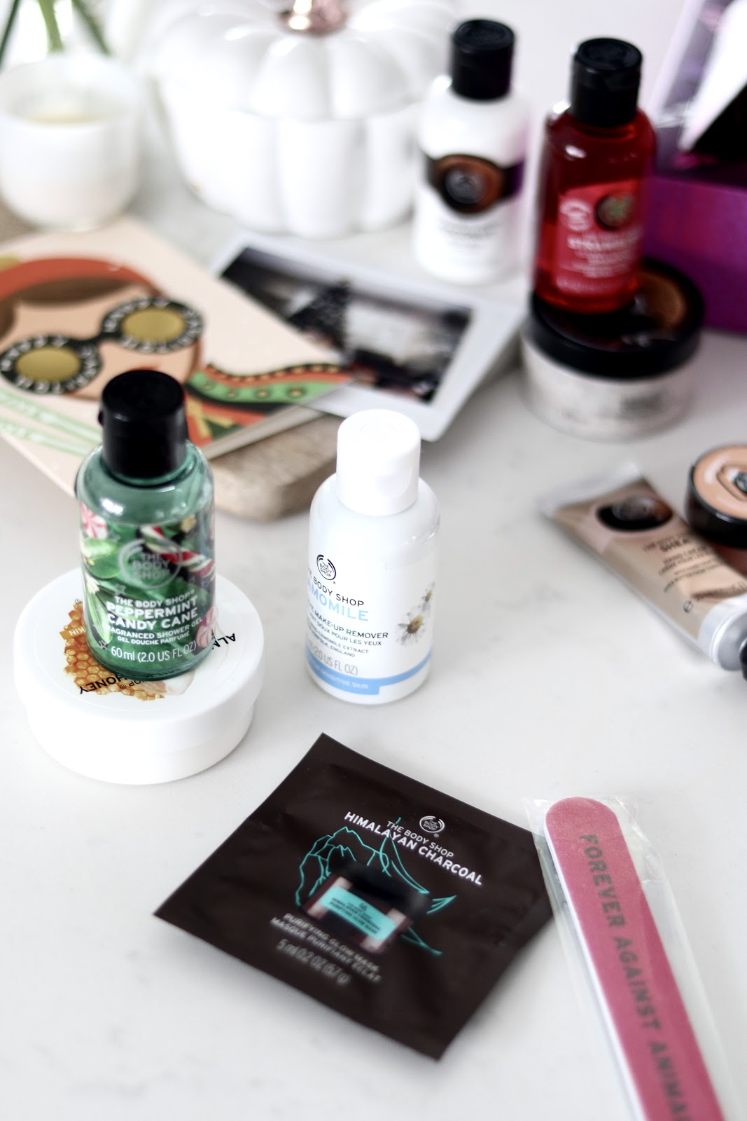 Blogger holiday giveaway 2018, peppermint candy cane shower gel, chamomile make up remover, The Body Shop