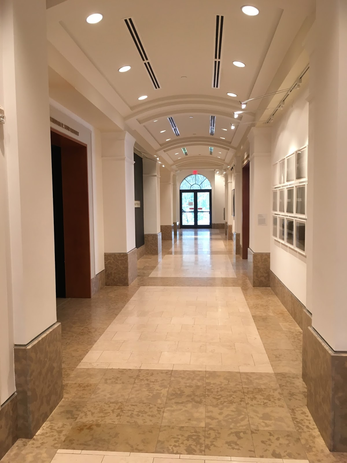Meet Me in the Gift Shop: Rollins College / Cornell Fine Arts Museum
