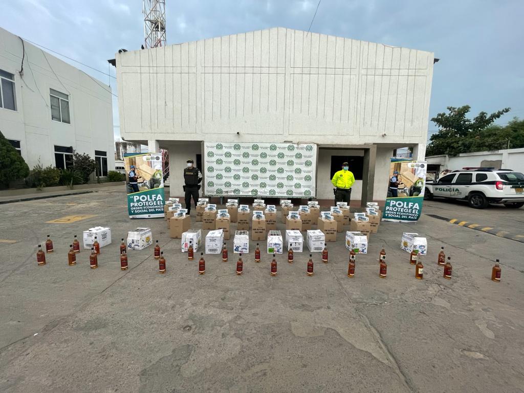 hoyennoticia.com, Contrabando por $70 millones en licores y cigarrillos  hallan en casa de Maicao
