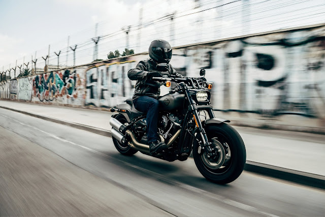 Kevlar motorcycle gloves for summer (buying guide)