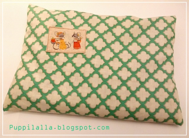 Patchwork, Pillowcase, modern, Puppilalla, Applique, fussy cut