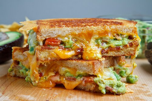 Bacon Guacamole Grilled Cheese Sandwich #salad #healthydinner #sandwich #bacon #recipes