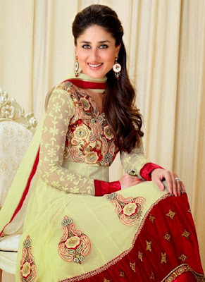 Kareena Kapoor looks stunning even in a desi attire.