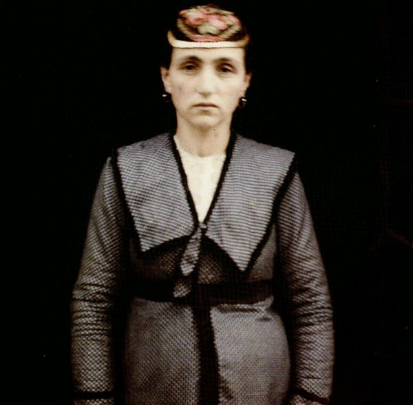 Jewish woman in Bitola dressed in the European clothing with a characteristic hat., Bitola in 1913