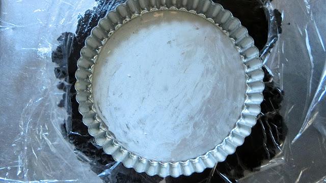 型にバターを薄く塗る。