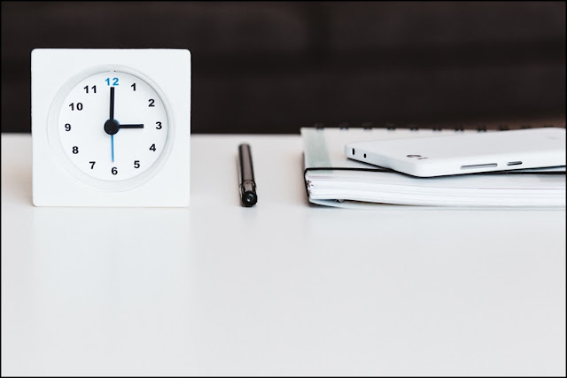 habit and clock