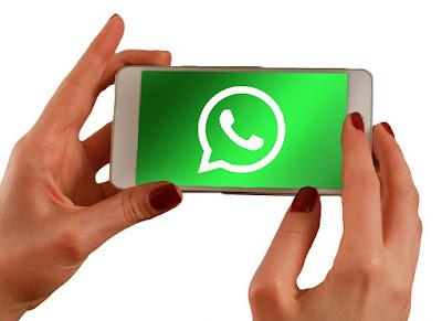 Por crear un grupo de WhatsApp…