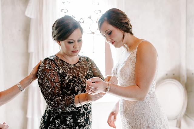 Olde Dobbin Station Bridal Suite _ Makeup by Keri Ann _ Meagan Malone Hairstylist