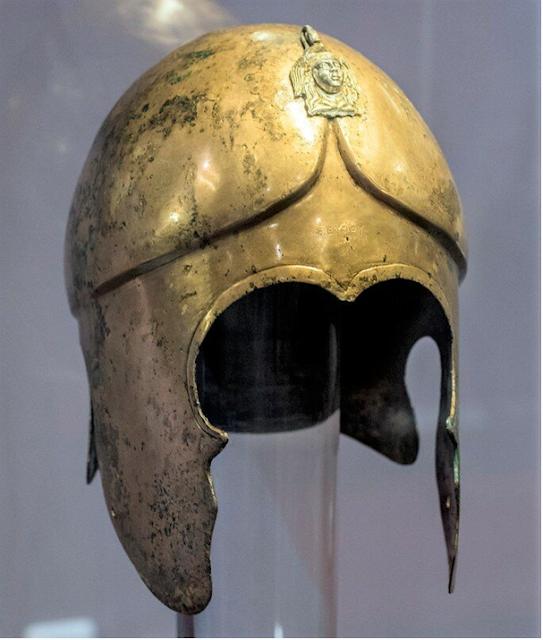 Шлем Севта III.