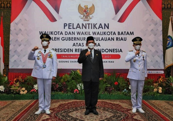 Melantik Walikota dan Wakil Walikota Batam, Berikut Pesan Gubernur Kepri