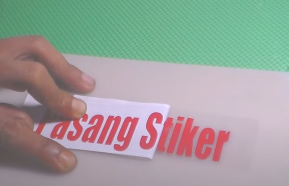 cara pasang cutting stiker sendiri