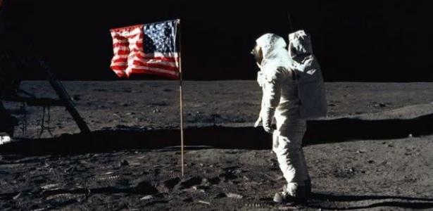 """تارودانت24 - الروسيين غادي يصيفطو بعثة للقمر وغادير """"تحقيق"""" على هبوط الأميركيين عليه"""