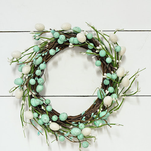 Super Easy Dollar Store Easter Wreath DIY