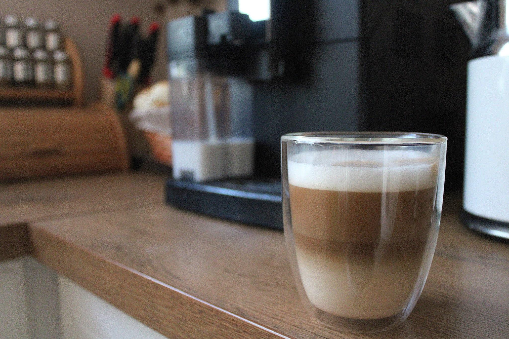 Zalety picia kawy z ekspresu ciśnieniowego