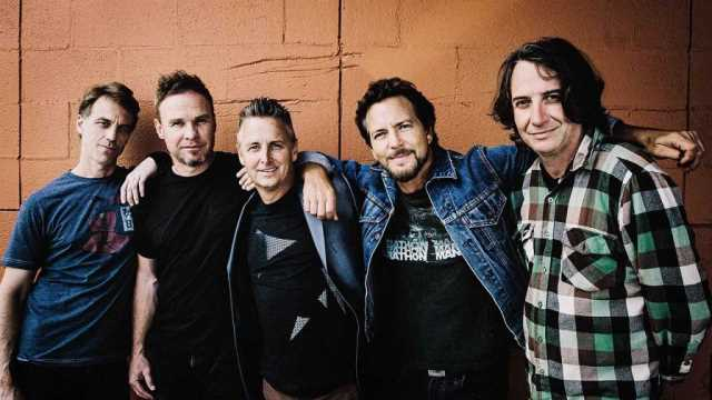 "PEARL JAM: Ακούστε το νέο single ""Dance of the Clairvoyants"""