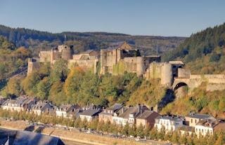 8. Kastil Bouillon