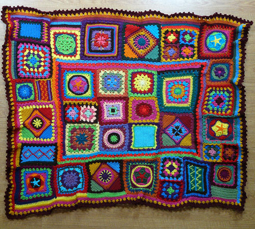 Better Homes & Gardens Granny Square Sampler Afghan - Free Pattern