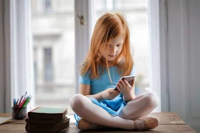 Tips Memilih Smartphone untuk Anak