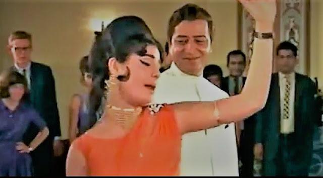 Aajkal Tere Mere Pyar Ke Charche Lyrics-Video-Mohd. Rafi-Bramhachari