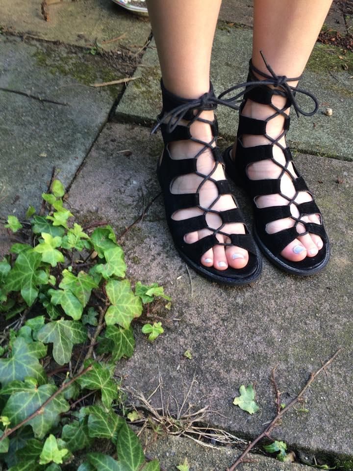 public desire sandals, ootd