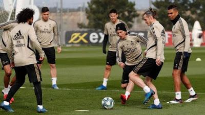 صحف اسبانيه : ريال مدريد يعود للتدريبات 4 مايو