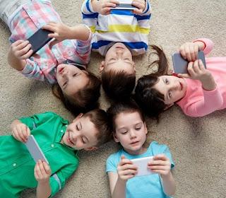 Tips dan Cara Menghindarkan Anak dari Kecanduan Gadget