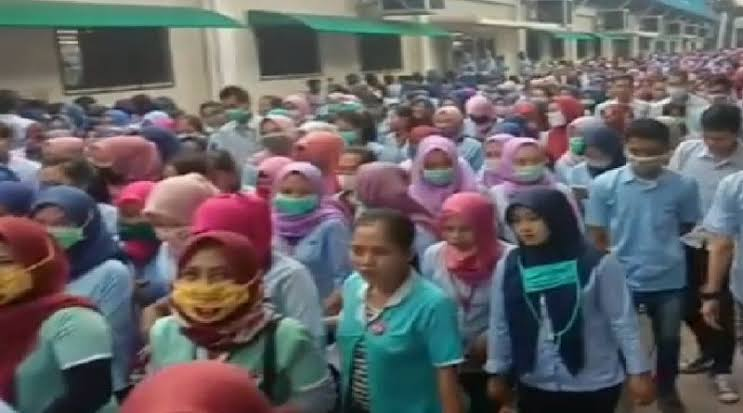 Ratusan Ribu Pekerja di Jakarta di-PHK Akibat Wabah, Pemerintah Pusat Diminta Ikut Tanggung Jawab