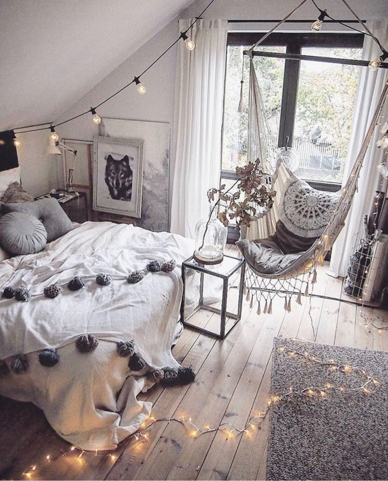 Great Decoration Idea to Make Bedroom romantic and beautiful