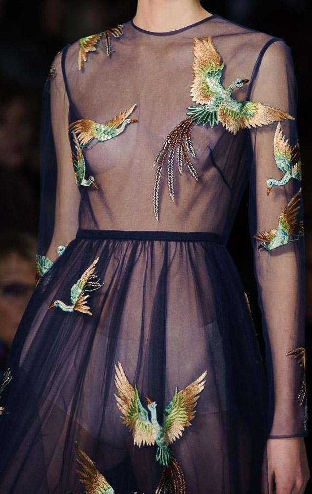 invitada vestido bordado boda fiesta flores embroidery dress tulle