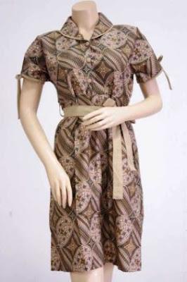 Contoh kemeja wanita motif batik untuk kondangan