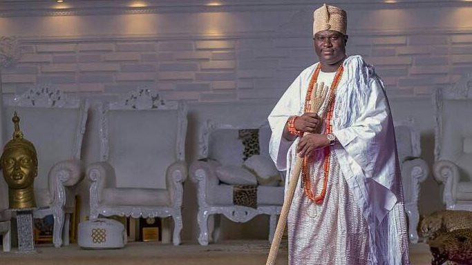 "Mixed Reactions As Ooni Of Ife Says ""Potent Herbs"" Cure Coronavirus #Arewapublisize"