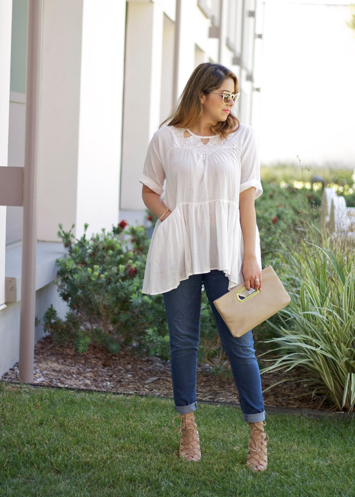 White flowy top and jeans, what to wear with skinny jeans, san diego fashion blogger, san diego style