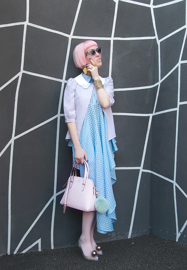 Pastel look, mermaid outfit, blogger street style