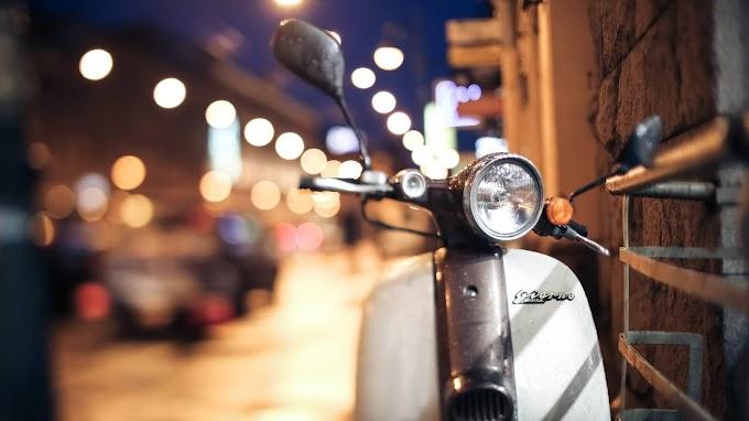 Vintage Moto Vespa Honda