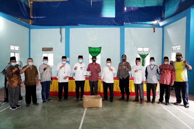 Lanjutkan Kunker Kedua, Isdianto Silaturahmi dengan Masyarakat Pulau Buru