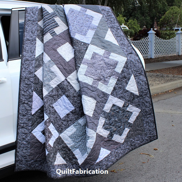 Monochrome quilt pattern by QuiltFabrication