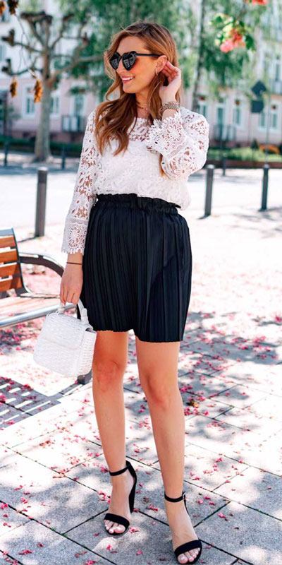 23 Stylish Fall Fashion Ideas for Women Over 30. We've taken the liberty of compiling a list of fall outfit ideas for women over 30. Fall Style via higiggle.com | skirt outfits | #fashion #falloutfits #style #boho