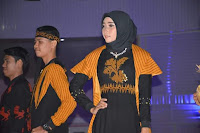 "Fashion Show ""Modern Ethnic Tenun Bima"" Meriahkan HUT Koperasi Ke-72 dan Hari UMKM Nasional 2019"