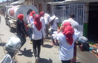 KSR PMI STISIP Mbojo Gandeng BPBD Suplai Air Bersih di Sejumlah Kelurahan
