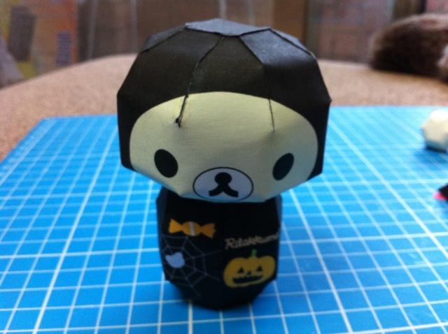 Free學習札記: 紙模:拉拉熊(鬆弛熊,懶懶熊) Halloween