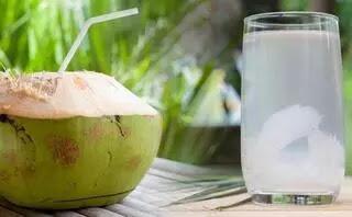9 Manfaat Mengonsumsi Air Kelapa Muda untuk Kesehatan Tubuh