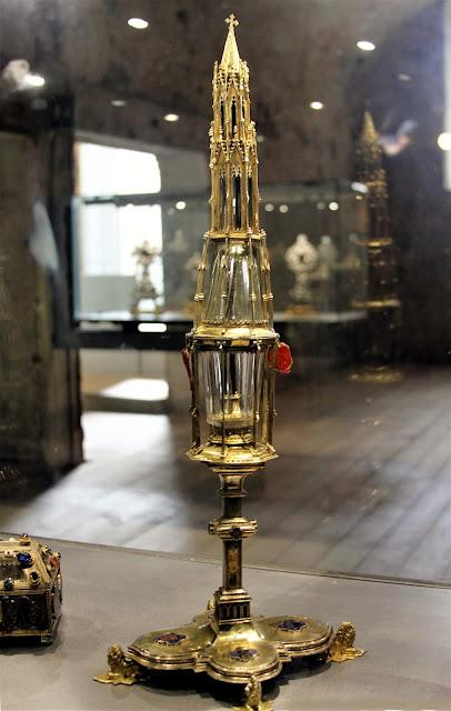 Μέρος βυζαντινού κειμηλιακού θησαυρού στο Μουσείο της Σιένας Santa Maria della Scala https://leipsanothiki.blogspot.be/