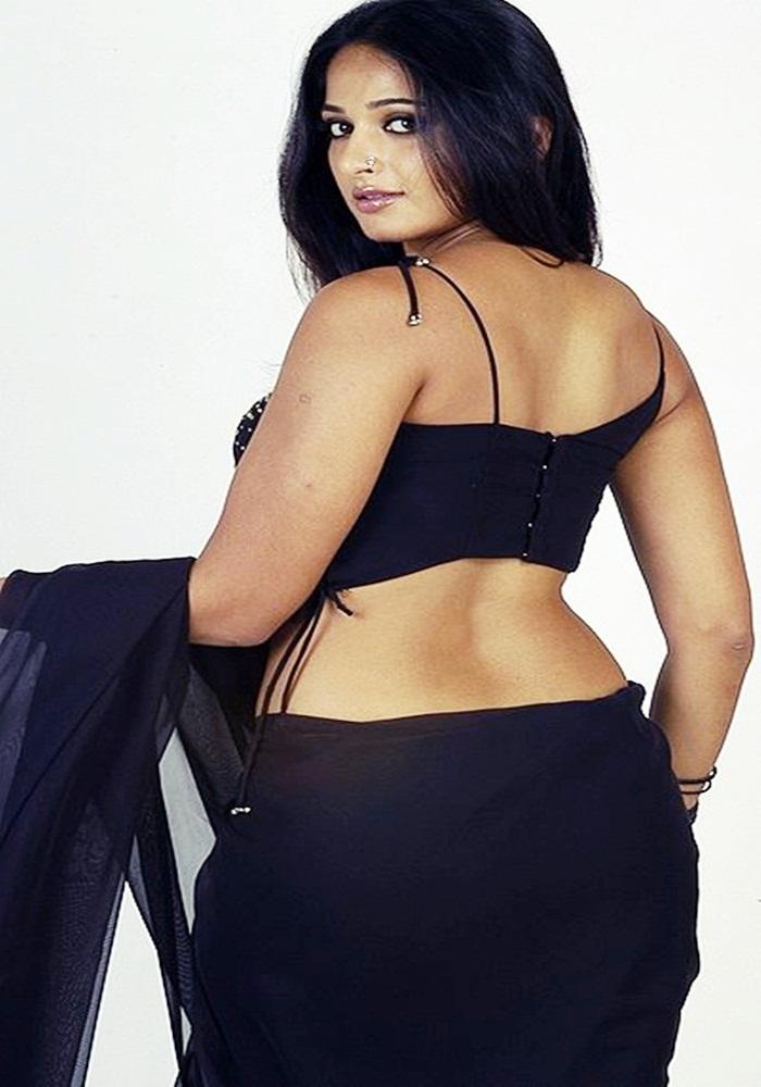 Wallpapers Mail Adda Anushka Shetty Sexy Back Photo Stills-4026