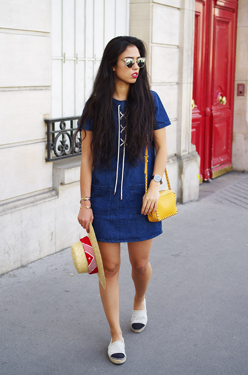 Elizabeth l Summer denim dress outfit l Forever21 H&M Quay Australia Valentino l THEDEETSONE l http://thedeetsone.blogspot.fr