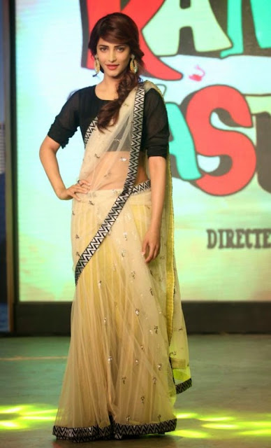 South Actress Shruthi Hassan Hot In White Saree Photos