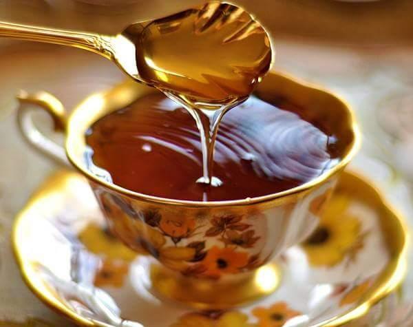 اضرار شرب العسل على الريق
