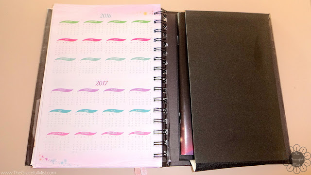 2016 Belle De Jour Power Planner: Back Pocket Picture (Review at http://www.TheGracefulMist.com/)