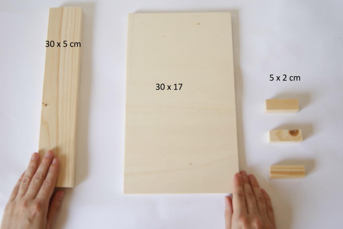 cuelga llaves de madera